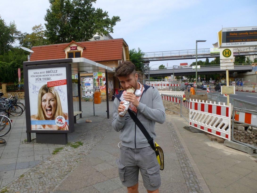 Na przykład przy stacji Yorckstrasse.